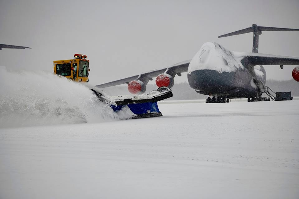 The C-5s in these photos look like gigantic snowmen