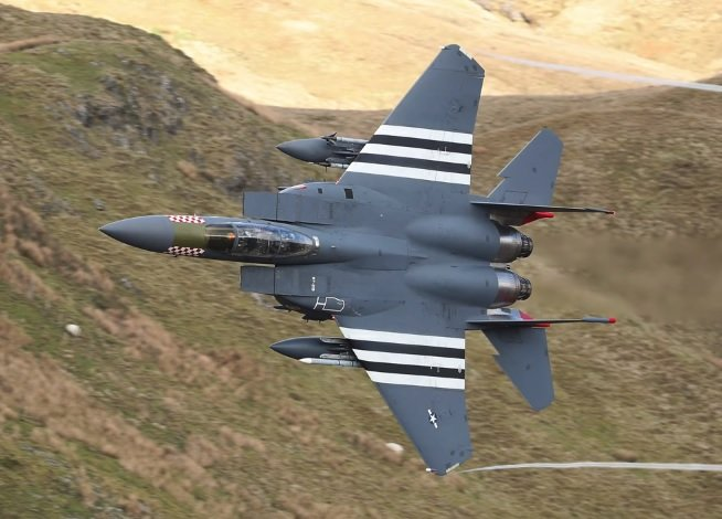 Cool video shows Lakenheath Heritage F-15E Strike Eagle Flying through Mach Loop