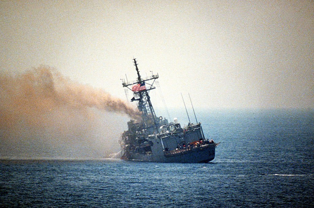 The USS Stark Incident: That time an Iraqi Falcon 50 Business Jet almost Sank a US Navy Frigate