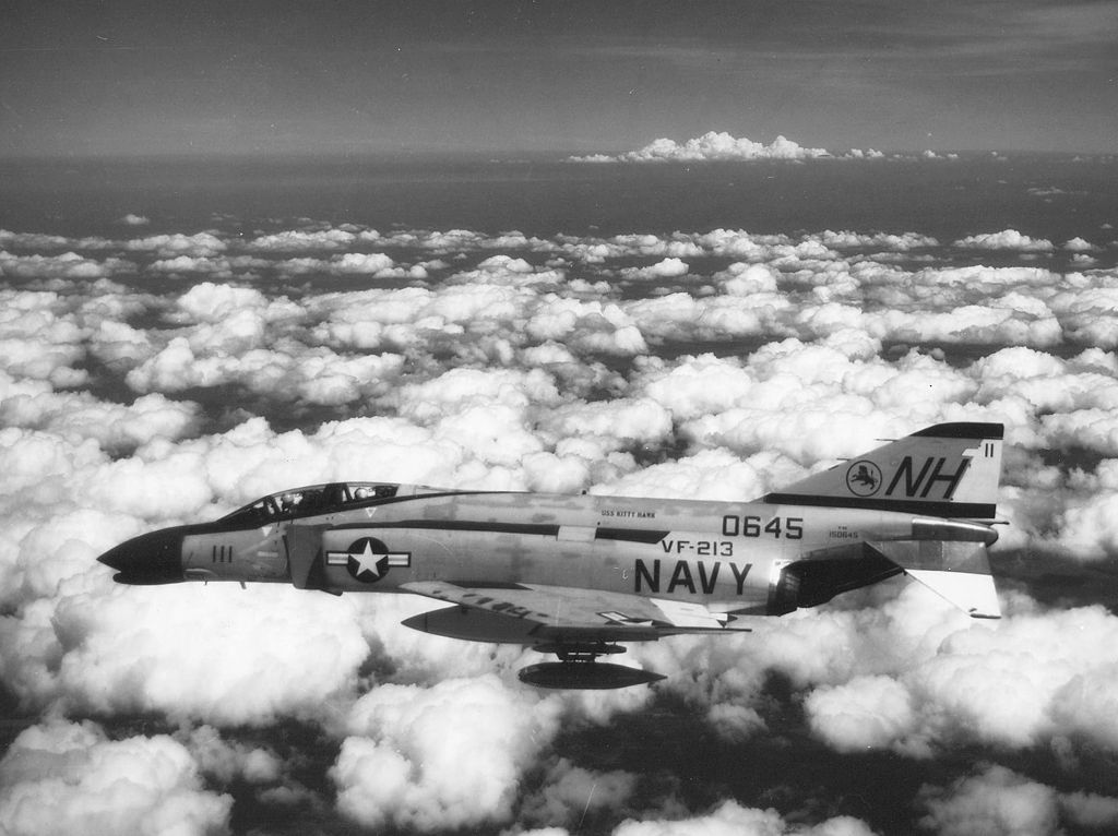The Robot Phantom II: a quick look at US Navy F-4G