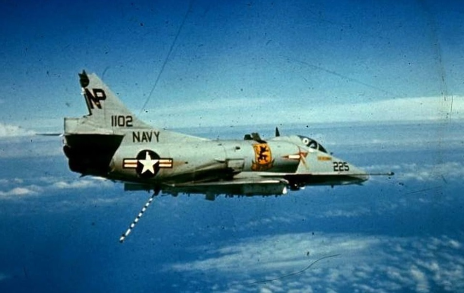 Takes a Licking and Keeps on Flying: the story of LTJG Al Crebo and his Stricken A-4
