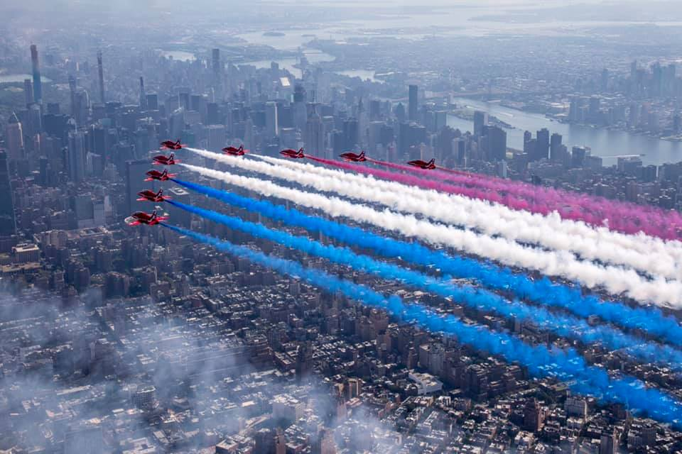 Check Out these Epic Photos featuring Red Arrows, Thunderbirds, F-22 and F-35 Demo Teams flying in formation above New York