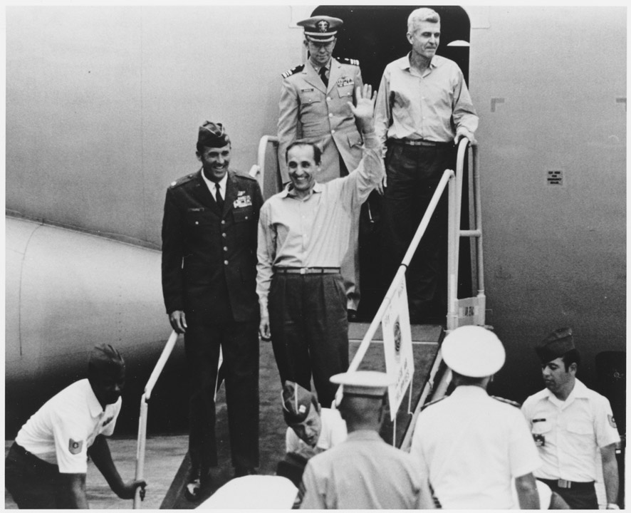 The Story of James B Stockdale, the Naval Aviator who Near-Fatally Wounded Himself to Convince North Vietnamese that He Was Willing to Die rather than to Capitulate to Their Demands