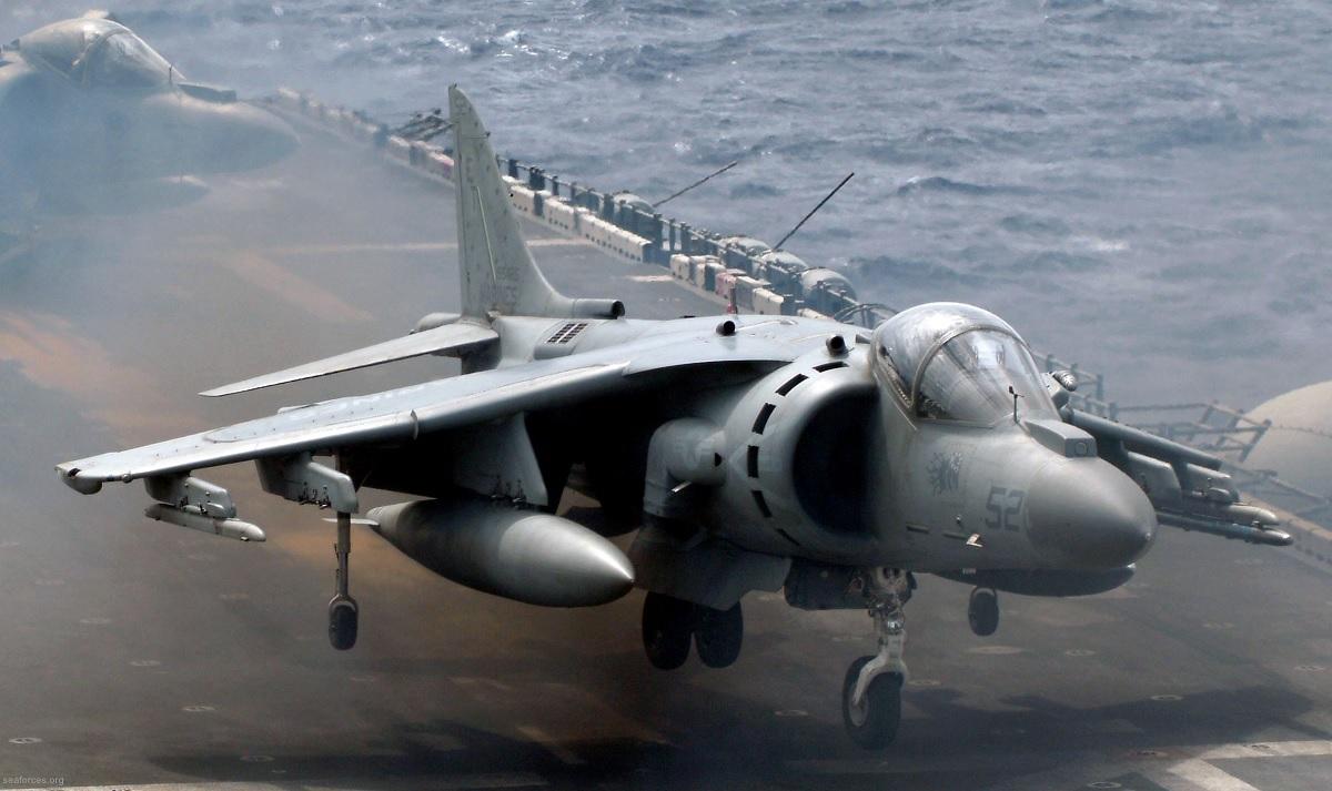 VMA-214 AV-8B