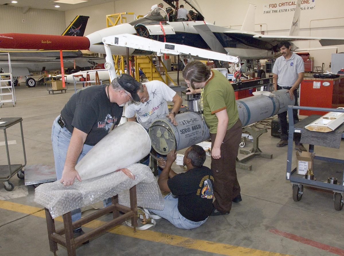 Here's why NASA Equipped an F-15 with an AIM-54 and why USAF Never Outfitted its Eagle fleet with the mighty Phoenix