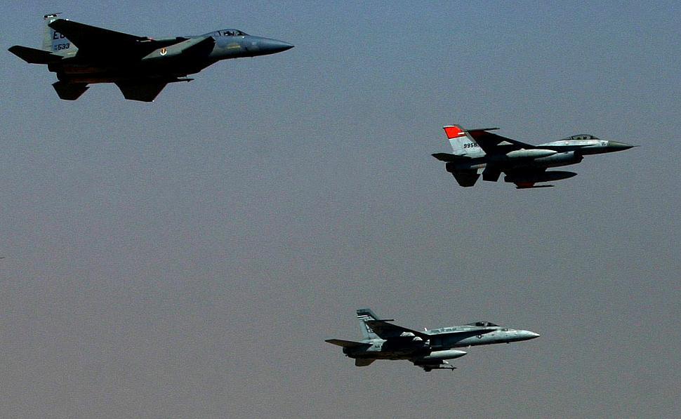 https://theaviationgeekclub.com/wp-content/uploads/2020/01/F-15-Vs-F-16-Vs-F-18.jpg