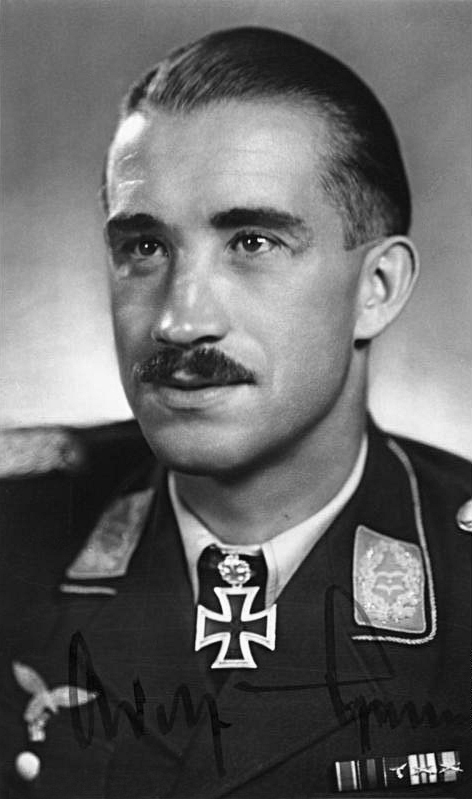 The ringmaster's Grand Finale: Legendary German Ace Adolf Galland tells the exciting story of his last combat mission
