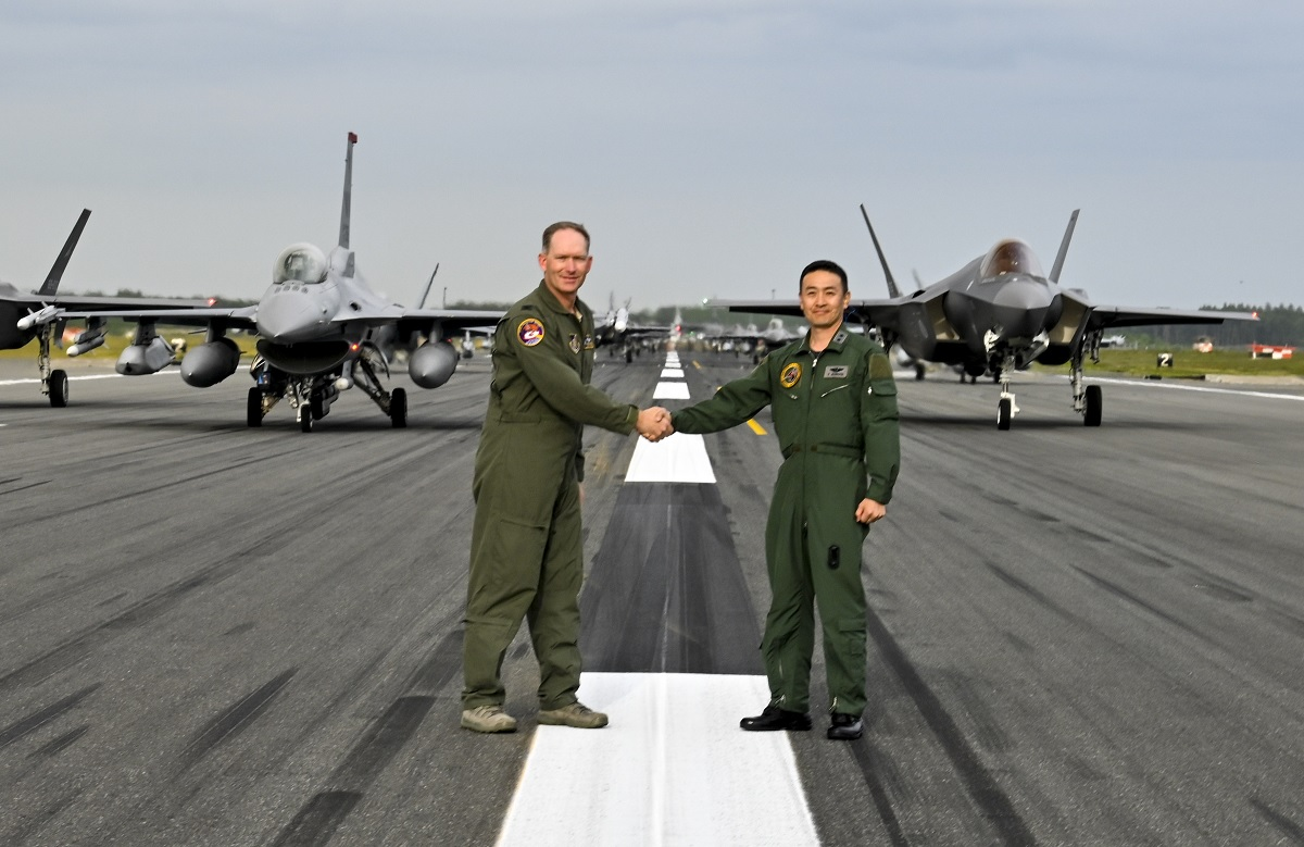 JASDF F-35As join USAF and US Navy aircraft in Misawa first joint, bilateral Elephant Walk