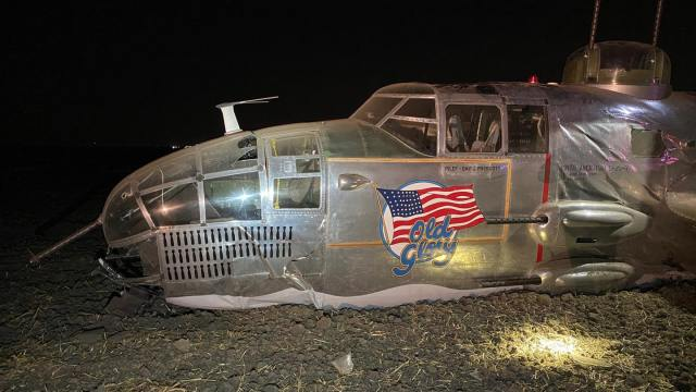 "Three injured in B-25 ""Old Glory"" crash landing in Stockton, California"