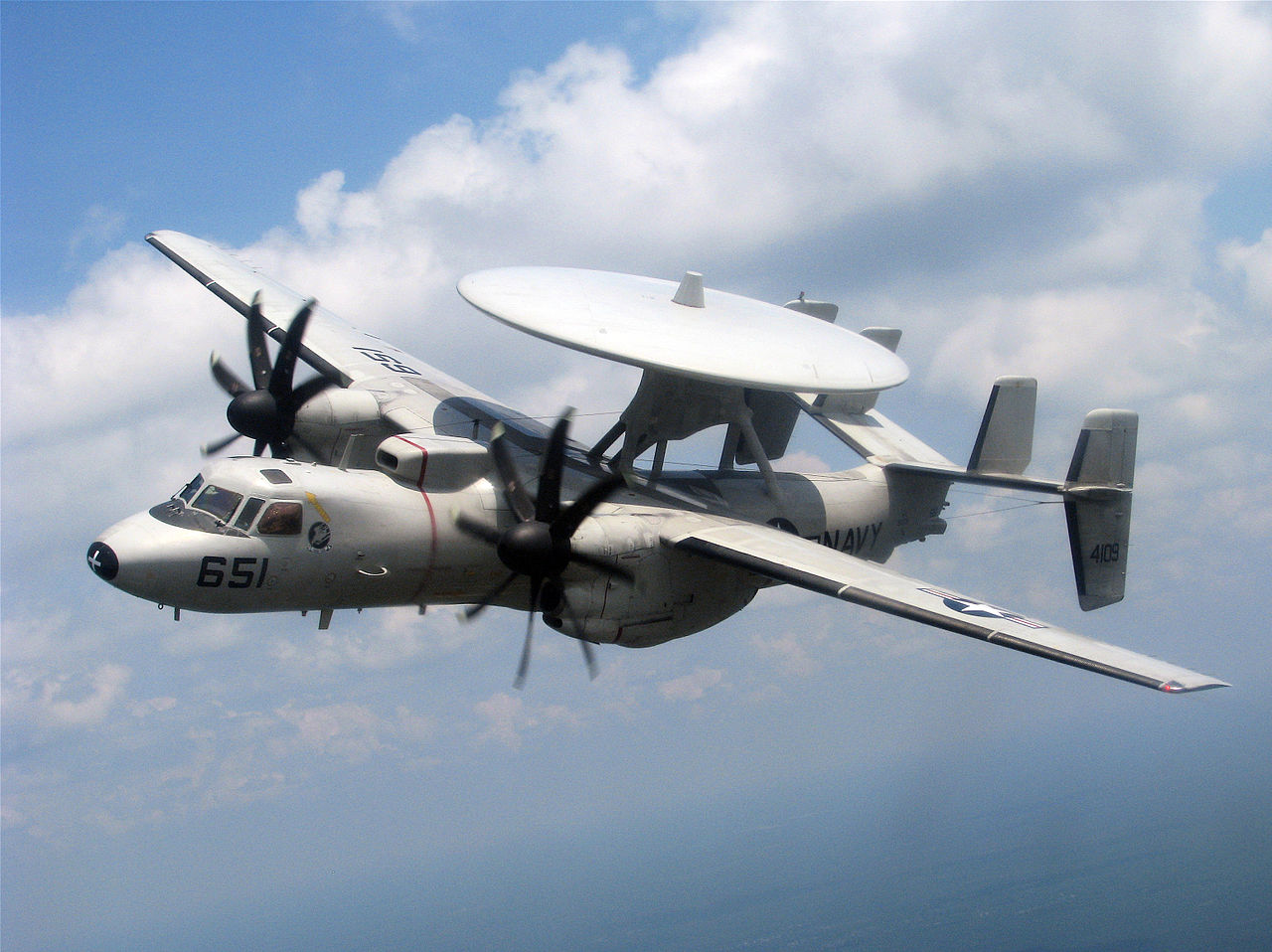 E-2C Hawkeye from VAW-120 crashes, crew bailed out safely through the main cabin door