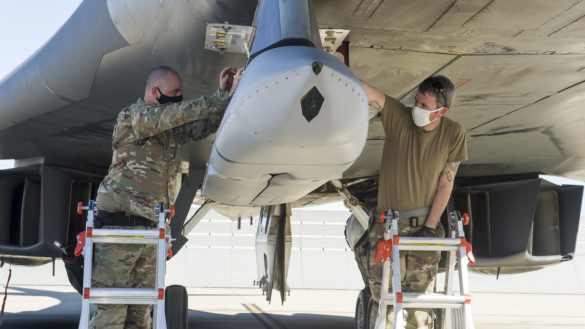 B-1B Lancer completes successful JASSM external release demonstration