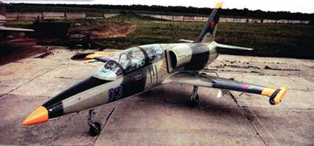 During the I Karabakh War of 1992-1994 both Armenia and Azerbaijan claimed lots of 'MiG-25' shot downs. But most of jets were either L-39s or Su-25s