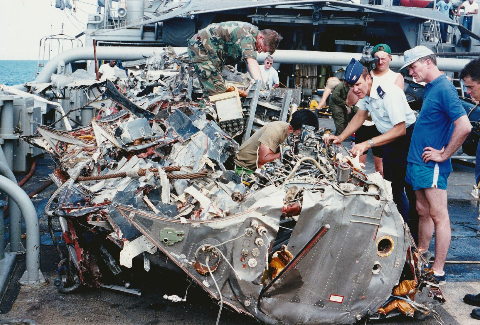 Ichiban Wreckage: The story of how SR-71 Blackbird #61-17974 was recovered and buried at sea