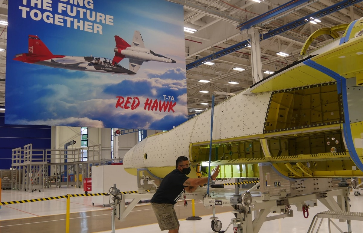 First Boeing-Saab T-7A Red Hawk joined in less than 30 minutes thanks to Digital Design